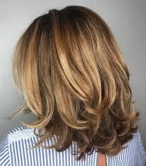 Стрижки для средних волос.