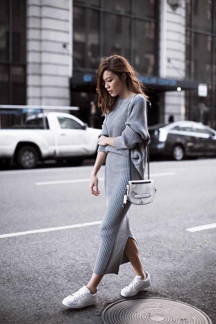 длинное платье осенью с кедами