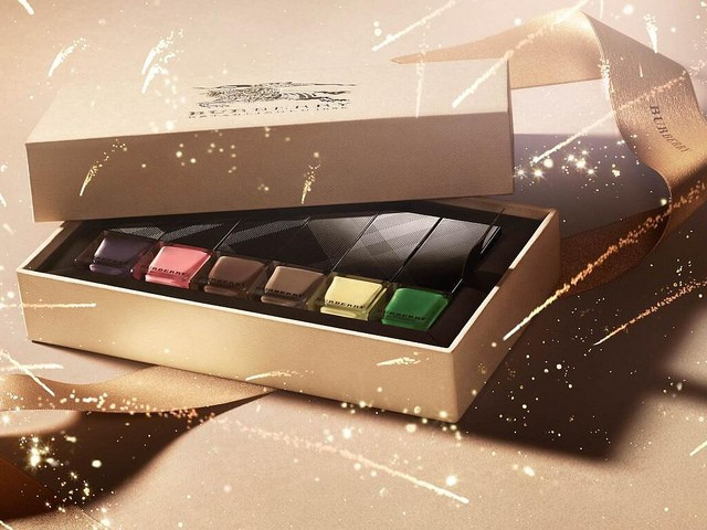 Burberry-Spring-Summer-2014-English-Rose-Makeup-Collection (3)