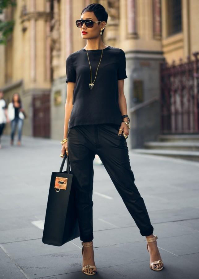 Стильные аутфиты как и с чем носить женские джоггеры