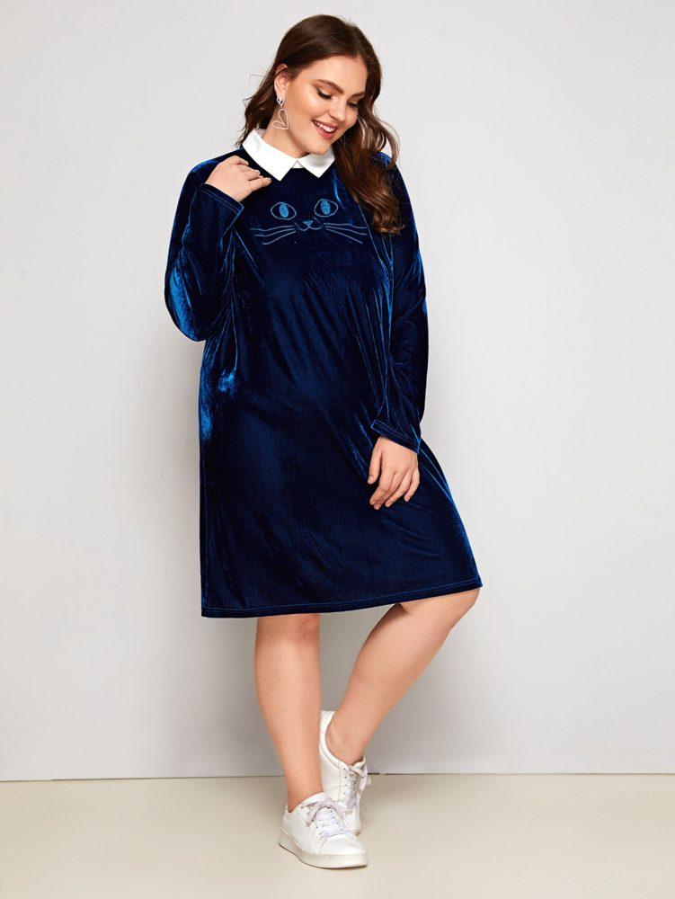 фото-синее-бархатное-платье-для-полных-и-кроссовки.