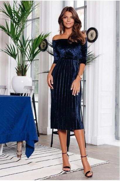 фото-синее-бархатное-платье-юбка-плиссерованная