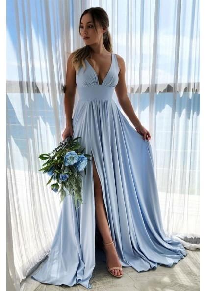 фото длинное голубое выпускное платье 2021