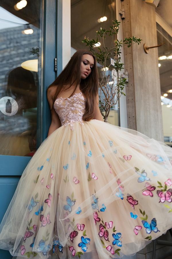 модніе віпускніе платья 2020 2021 2022