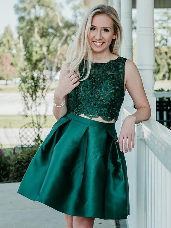 фото платье на выпускной короткое зеленое
