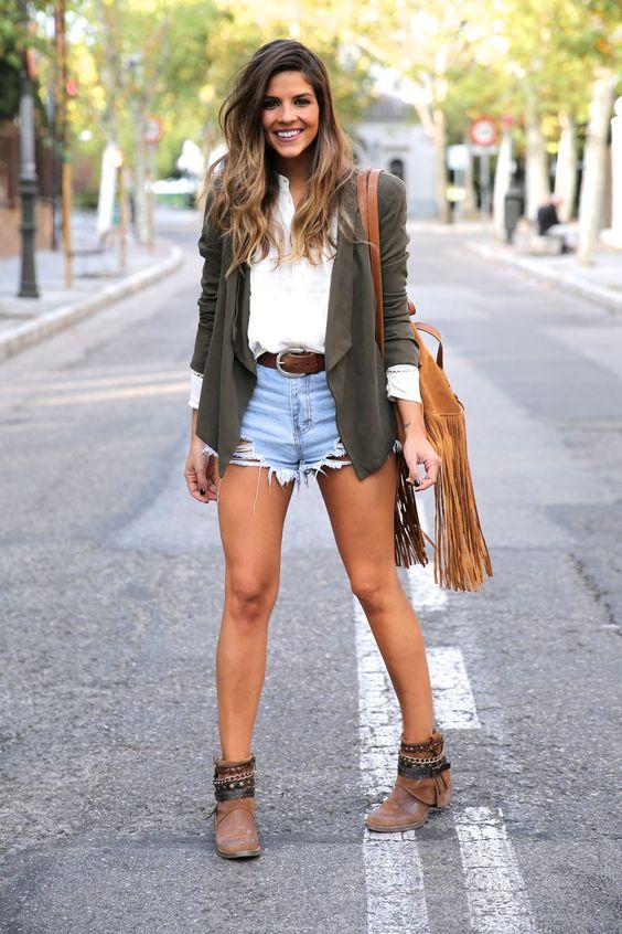 фото джинсовые шорты и ботинки