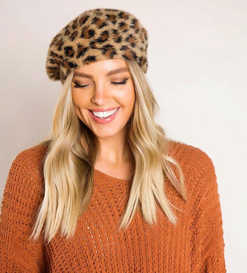 как носить женский леопардовый берет