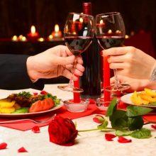 Как организовать романтический ужин дома: полезные советы