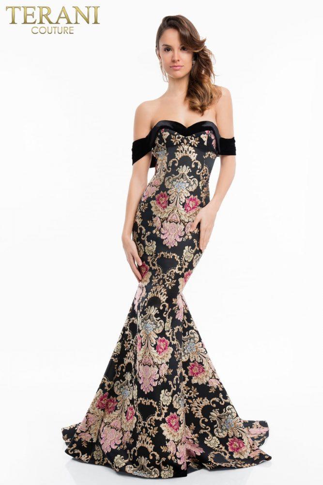 Модные вечерние платья сезона 2021-2022