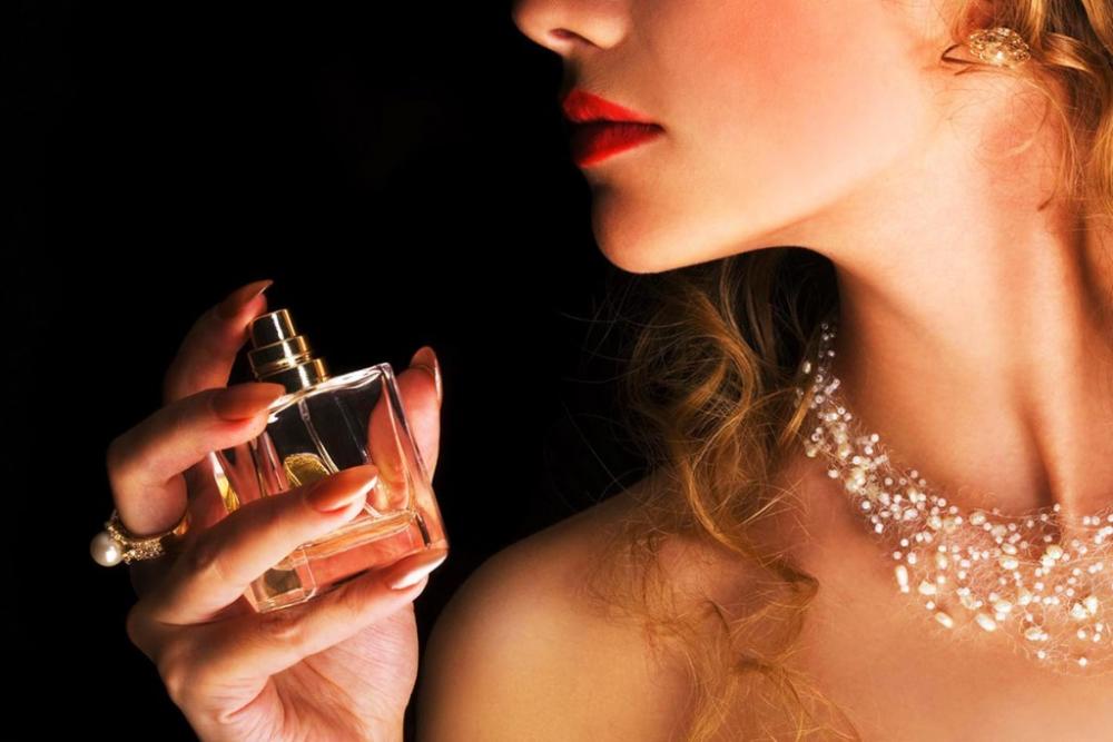 Подборка парфюмерных ароматов для знака зодиака Водолей