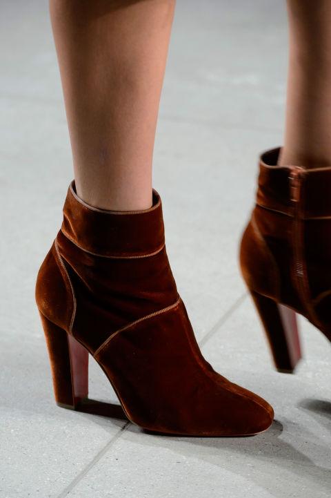 модная обувь осень зима 2016 2017 бархатная обувь